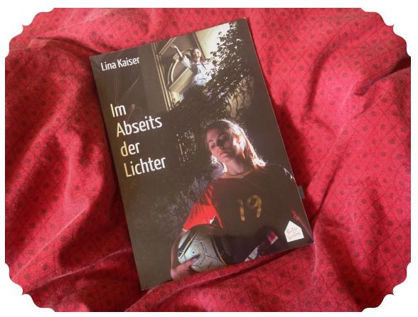 """Maras Bücherblog hat """"Im Abseits der Lichter"""" rezensiert"""