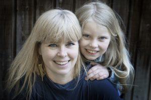 Autorinnen der Karla-Bücher: Mutter und Tochter Pia und Karla Olsen