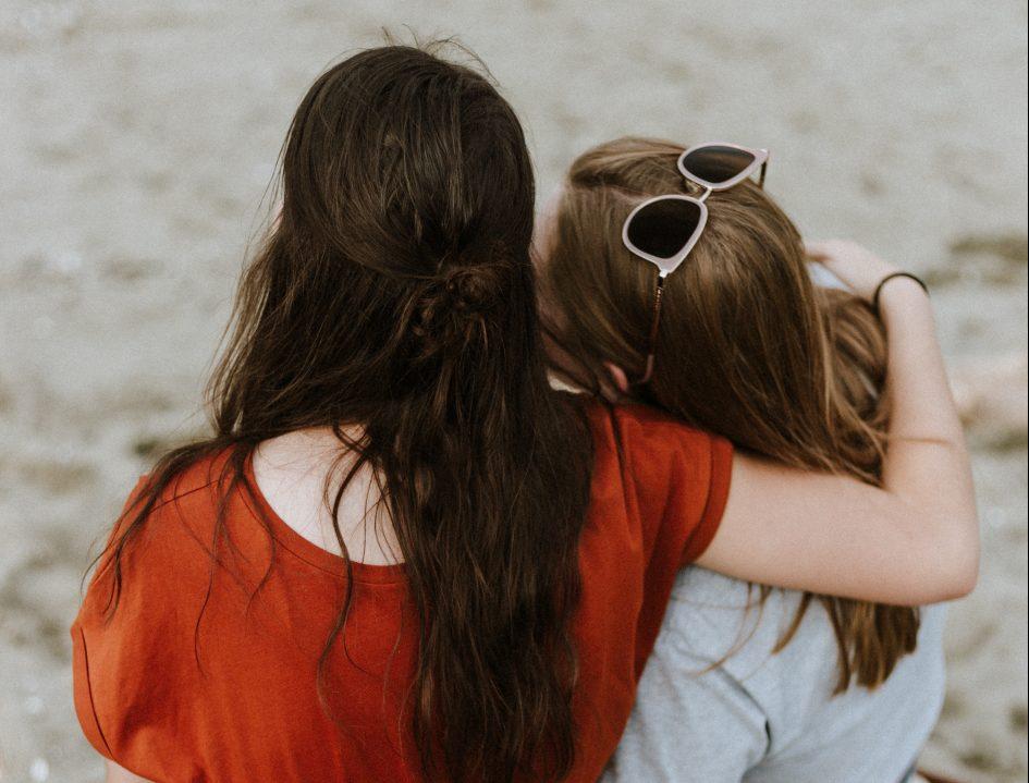 Lesbisch & Single: Mit diesen 4 Tipps findest du eine Freundin!